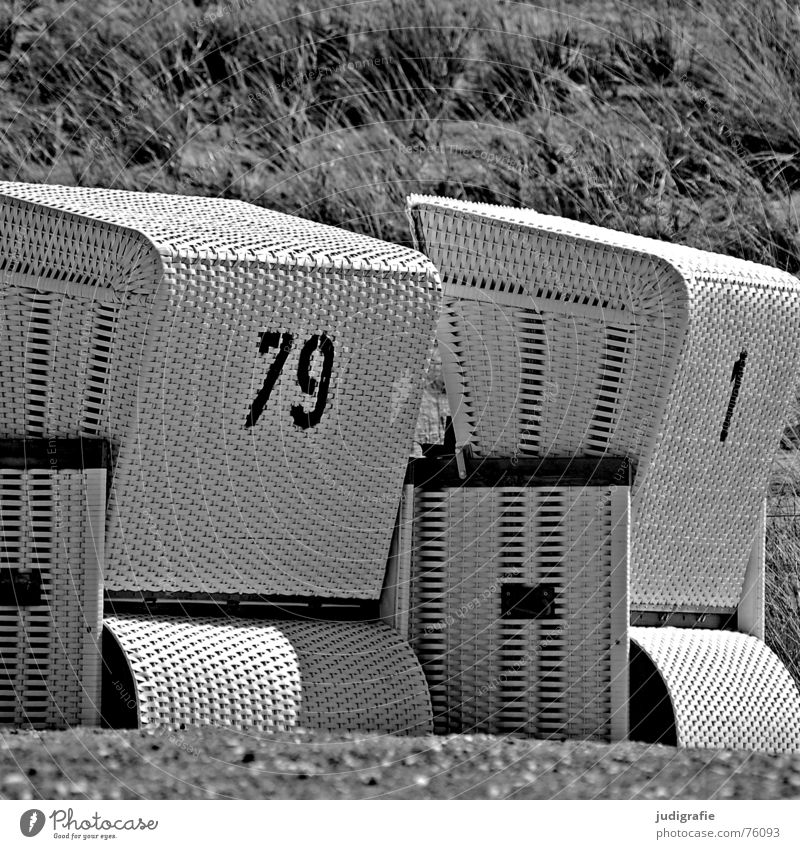 White Ocean Beach Vacation & Travel Black Relaxation 1 Gray 2 In pairs Characters Digits and numbers Beach dune Baltic Sea Beach chair Plaited