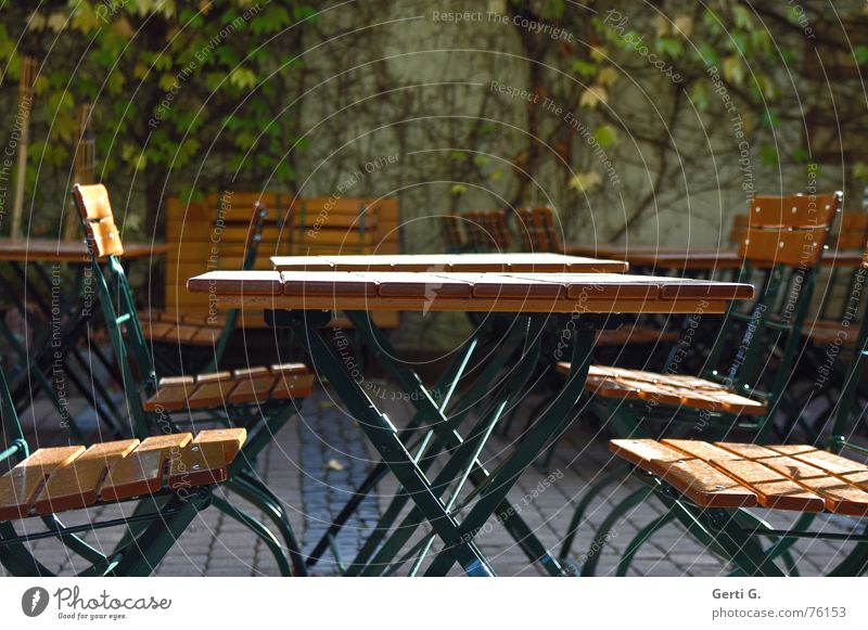 there would be the table :-) Table Garden table Ouija board Chair Beer garden Autumn Seasons Wood Gastronomy Beer table beer garden tables balcony