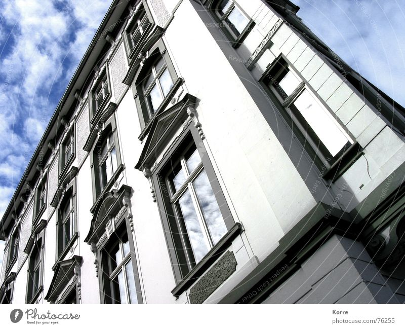 all facade Colour photo Exterior shot Close-up Deserted Day Worm's-eye view House (Residential Structure) Mirror Sky Clouds Duesseldorf Germany Europe