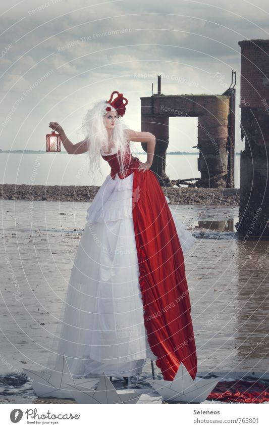 queen Ocean Carnival Human being Feminine Woman Adults 1 Culture Rockabilly Environment Nature Sky Clouds Horizon Coast North Sea Low tide Navigation Harbour