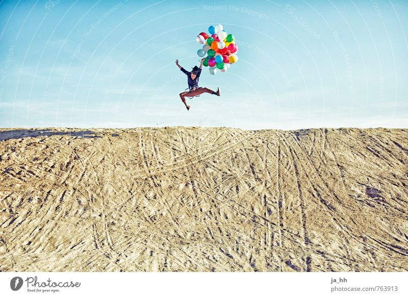 Balloons V Joy Happy Happiness Joie de vivre (Vitality) Spring fever Euphoria Fairs & Carnivals Birthday Beach Dune Sand Feasts & Celebrations Adventure Summer