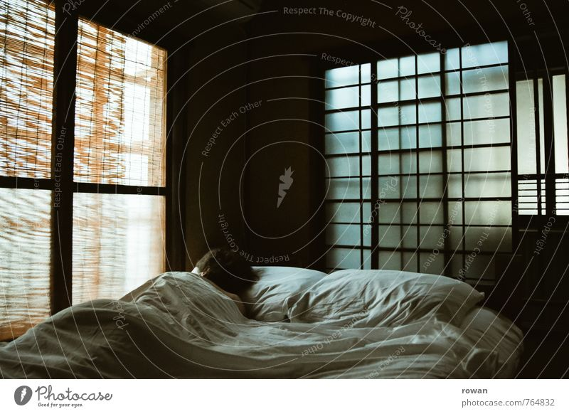 6 a.m. Well-being Relaxation Calm Living or residing Flat (apartment) Room Bedroom Human being Feminine Young woman Youth (Young adults) Woman Adults 1 Window