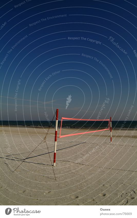 Echo of Summer 2 Beach Ocean Volleyball (sport) Volleyball net Volleyball court Red White Striped Sky blue Sports Sand Water Pole guy Blue