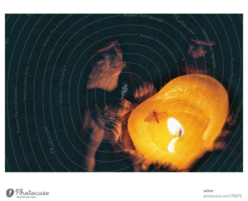 Öhmmmmmmm Öhmmmmm Mystic Séance Magic Mysterious Creepy Dark Sculpture Candle Candlelight Mosquitos Stone statue Wax