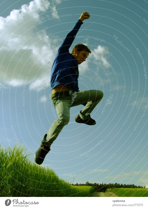 Human being Sky Man Nature Youth (Young adults) Summer Joy Landscape Playing Emotions Freedom Grass Jump Power Field Flying