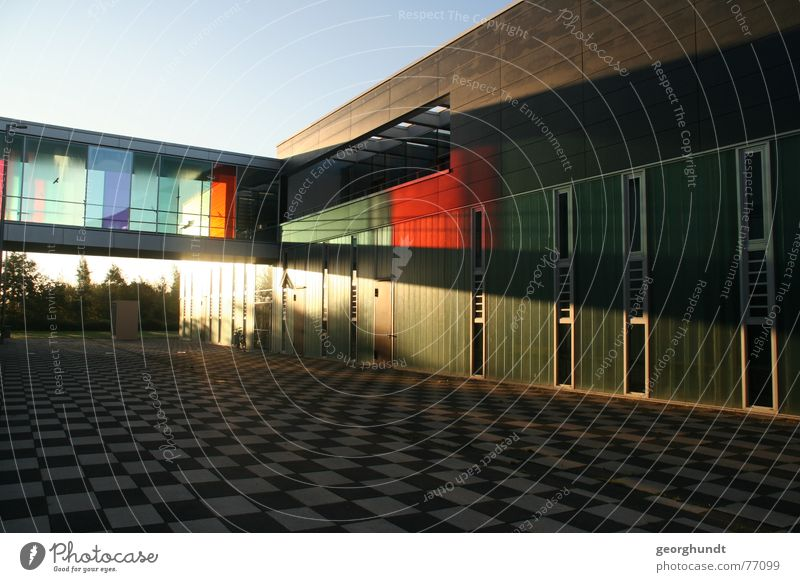 Hochschule Wismar: Faculty of Design enlightened. Multicoloured Light Shadow Light (Natural Phenomenon) Sunbeam Beautiful House (Residential Structure) Bridge