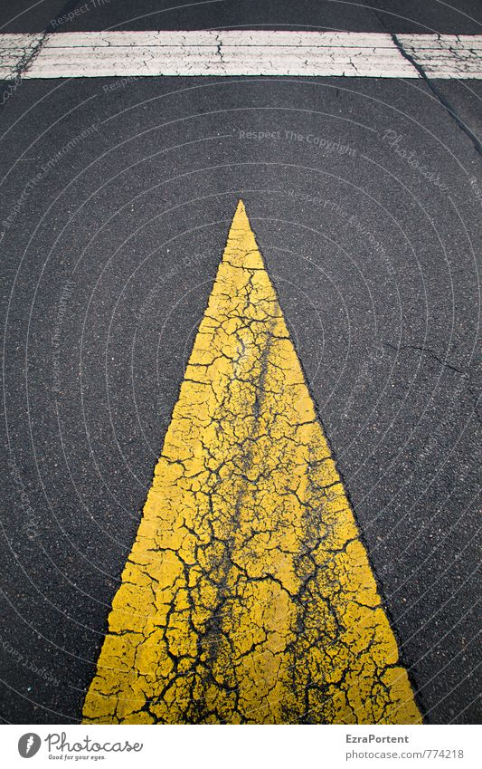 > | Transport Traffic infrastructure Street Lanes & trails Sign Signs and labeling Road sign Line Arrow Yellow Black White Design Crack & Rip & Tear