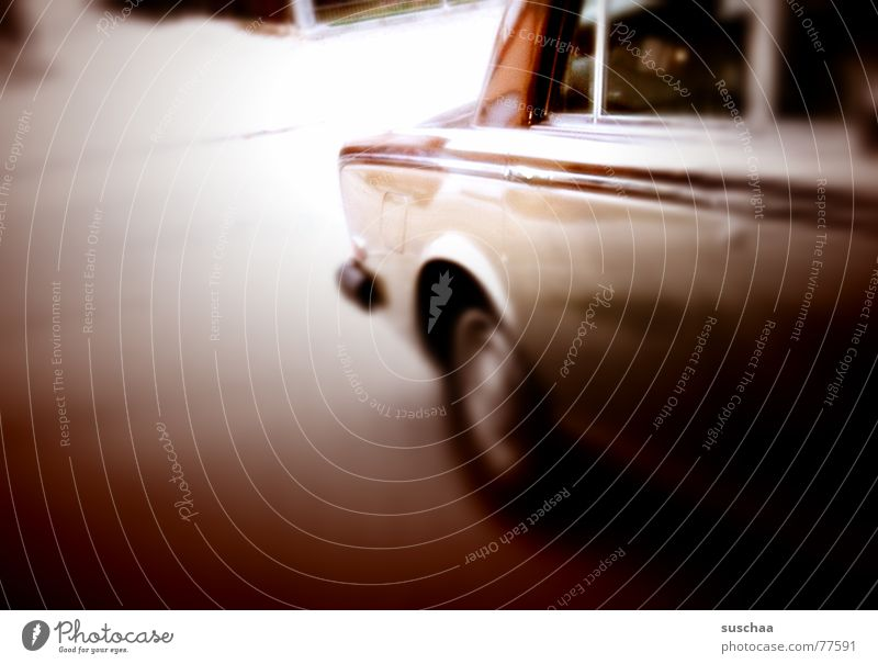 e audo ... Carriage Stand Driving Motoring Car Window Tunnel vision Brown Rolle-royce Street from the side Vintage car