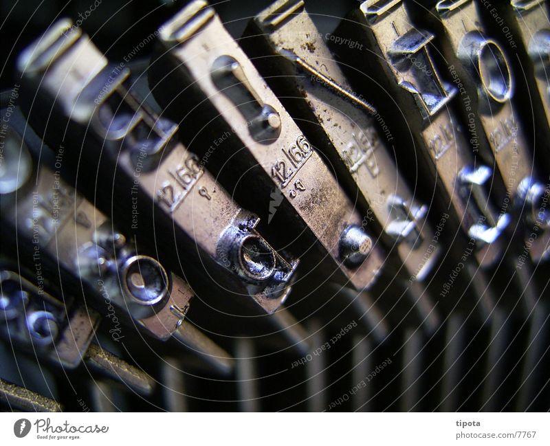 Typewriter P!/L Letters (alphabet) Typing traveller