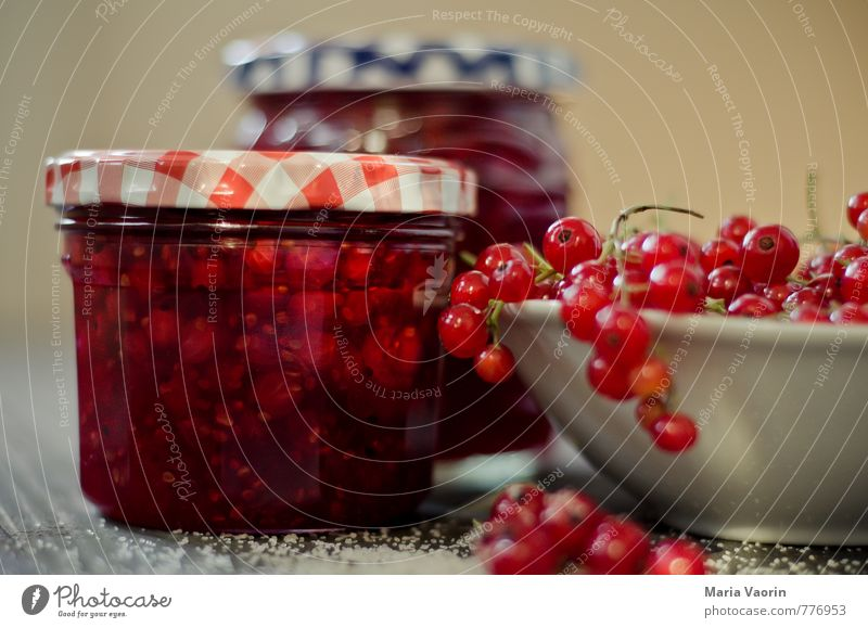 Red Food Fruit Sweet Delicious Breakfast Bowl Juicy Sugar Self-made Jam Redcurrant Preserving jar Jam jar