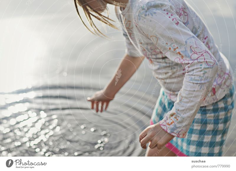 miniature Feminine Child Girl Infancy Body Skin Hair and hairstyles Arm Hand Fingers 1 Human being 8 - 13 years Water Summer Beautiful weather Lakeside Beach