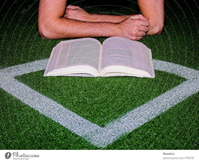 It's all a question of tactics. Book Reading Study Library Task Paper Testing & Control Academic studies Publishing house Playing field Football pitch Fan Coach