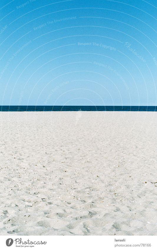Beach in Tauranga Ocean Sky Horizon New Zealand Footprint Vacation & Travel Stripe Blue Sand footprints vacation