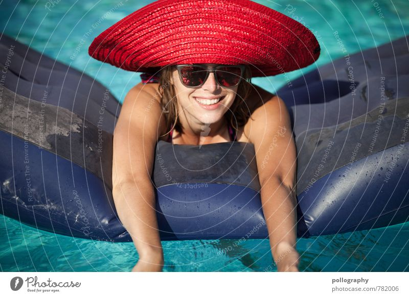 Human being Woman Vacation & Travel Youth (Young adults) Summer Sun Ocean Young woman Joy 18 - 30 years Adults Life Emotions Feminine Swimming & Bathing Laughter