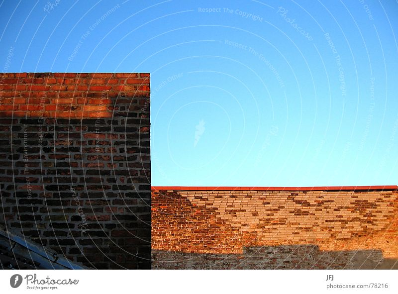 Old Sky Sun City Blue Red Summer Wall (building) Stone Wall (barrier) Warmth Contentment Corner Roof Broken Physics