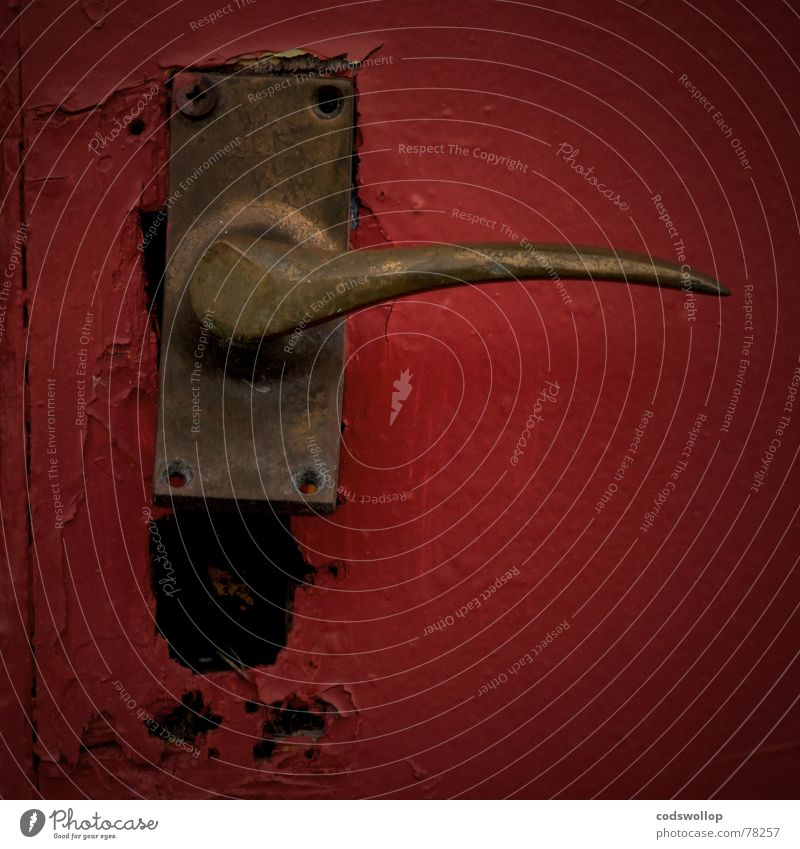 have you got the keys? Door handle Red Black To break (something) Detail Safety Transience old door trade fetch break in