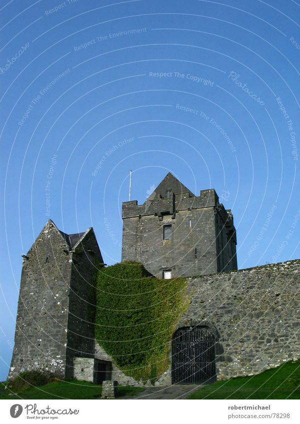 when the lord of the castle rings 3 times _ 1 Killarney Burren Monument Europe Fortress Sky Clouds Art Sightseeing Old Wall (barrier) Stone wall Hide Stay