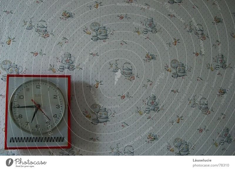 Old Flower Red Time Kitchen Clock Wallpaper Past Clock hand Expired