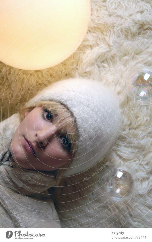balls Cap White Lamp Carpet Flock carpet Yellow Light Transparent Pelt Beige Feminine Blonde Anna Sphere Head Hair and hairstyles