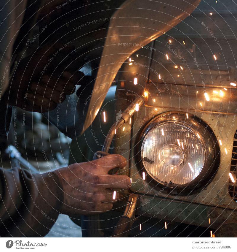 Electric welding 2 Craftsperson Craft (trade) Welding torch Masculine 1 Human being Truck Protective clothing Floodlight Make Hot Bright Broken Diligent Decline