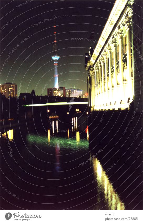 Water Green Dark Berlin Bright Art Germany Electricity River Middle Downtown Column Floodlight Capital city Central Commuter trains
