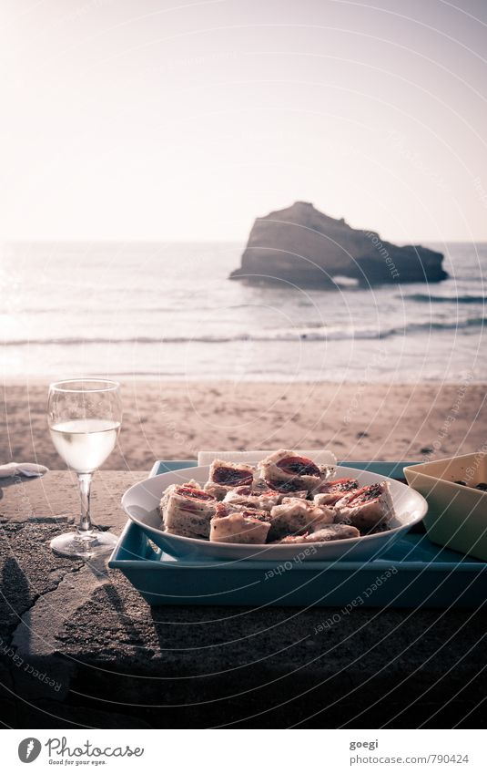 aperitif Food Bread Slow food Finger food Italian Food Wine Crockery Plate Bowl Glass Harmonious Well-being Contentment Relaxation Freedom Summer