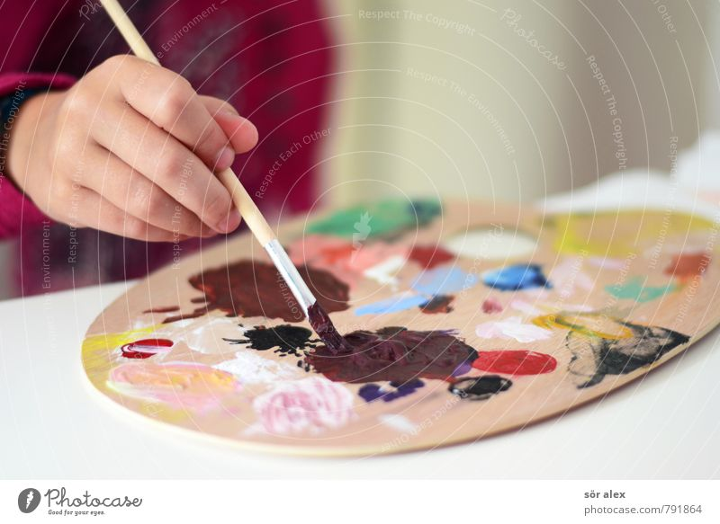 Human being Child Hand Girl Dye Boy (child) Art School Leisure and hobbies Infancy Creativity Study Painting (action, artwork) Painting (action, work) Toddler