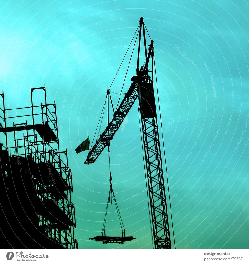 wind misalignment Goods lift Collect Wire cable Pull Position Part Green Crane Black Construction site House (Residential Structure) Work and employment