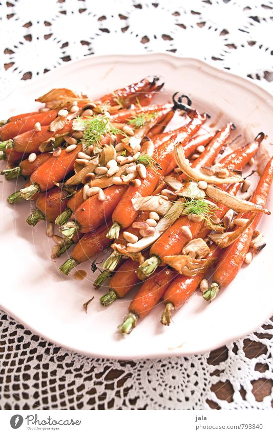 roasted carrots Food Vegetable Carrot Fennel Nutrition Lunch Organic produce Vegetarian diet Crockery Plate Healthy Eating Tablecloth Fresh Delicious Natural