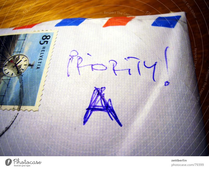 Characters Letters (alphabet) Letter (Mail) Typography Partially visible Section of image Envelope (Mail) Handwriting Priority Airmail Handwritten