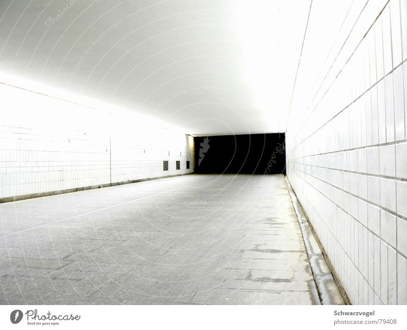 Dark Lanes & trails Bright Tunnel Exit route
