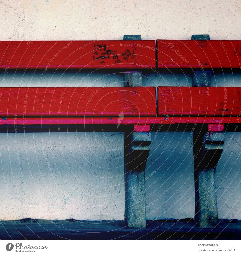 Blue Red Wall (building) Graffiti Sit Bench Furniture Household Mural painting Felt-tipped pen
