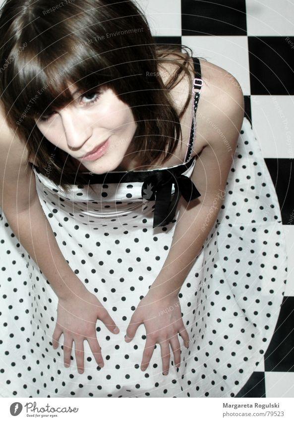 dots Woman Dress Retro Bow Bird's-eye view Point Black & white photo 80´