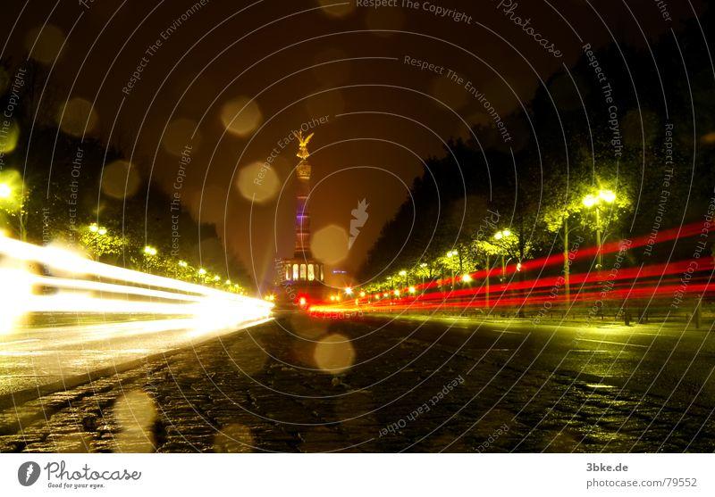Green Street Dark Berlin Lanes & trails Car Lighting Traffic infrastructure Victory column