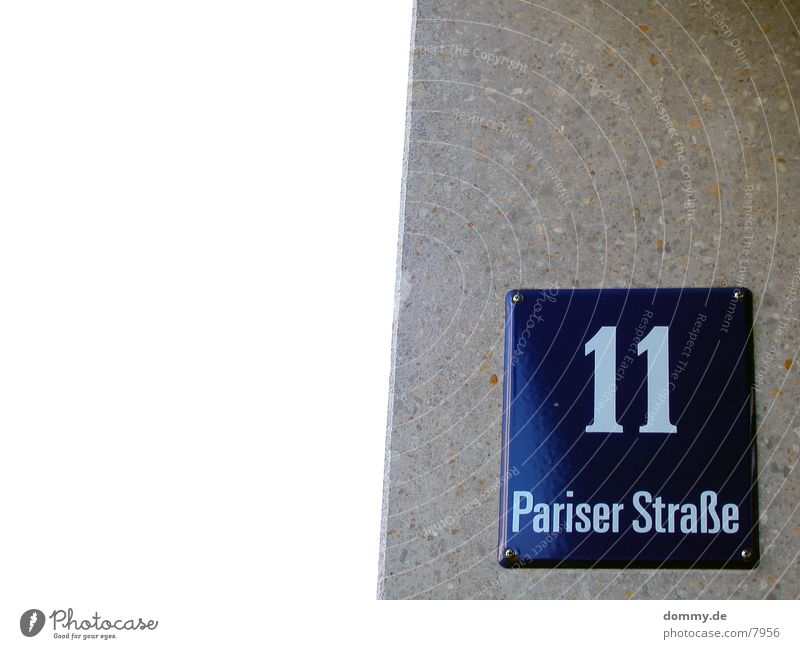 .:11:. Paris Street Digits and numbers Wall (building) Macro (Extreme close-up) Close-up paiser Signs and labeling Blue kaz