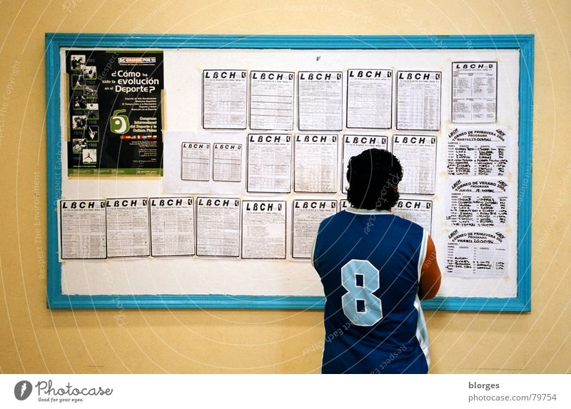 next matchday League Success Baja California Blackboard Classification Man Wall (building) Yellow Turquoise Jersey 8 Search Doomed Black-haired Blue-green