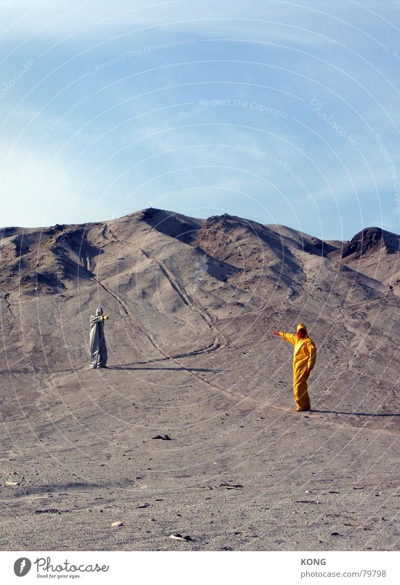 Sky Yellow Gray Earth Communicate Floor covering Desert Mask Hill Suit Boredom Surrealism Carnival costume Indicate Badlands Presentation