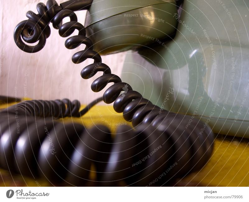 Green Colour Black Yellow Wall (building) Wall (barrier) Living or residing Circle Table Technology Corner Telephone Fantastic Round Digits and numbers Cable