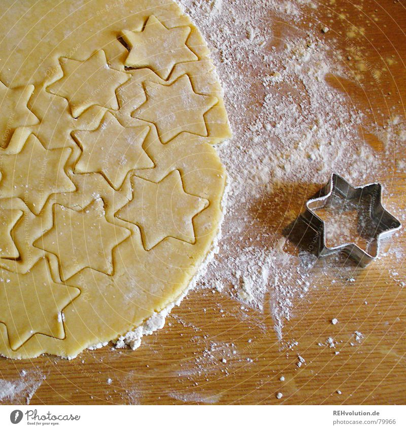Christmas & Advent Joy Winter To enjoy Cooking & Baking Sweet Star (Symbol) Delicious Baked goods Dough Raw Cookie Flour Pierce cookie cutter cut out cookies