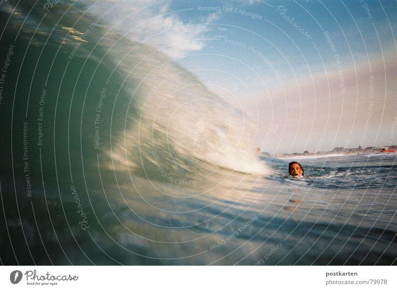 Wave, wait a minute - photo Waves Ocean Aquatics lastminute Water Deluge wave