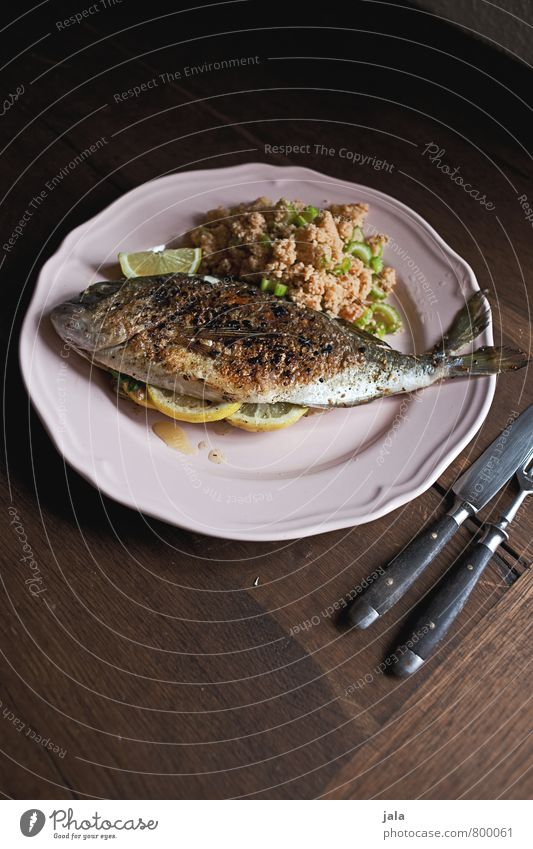 DORADE Food Fish Grain Dorade Nutrition Lunch Crockery Plate Cutlery Knives Fork Healthy Eating Fresh Delicious Natural Appetite Wooden table Colour photo