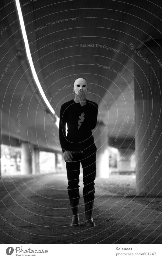 Unbelievable! 1000! Carnival Hallowe'en Human being Masculine Man Adults Highway Overpass Bridge Mask Infinity Emotions Moody Fear Stunned Black & white photo