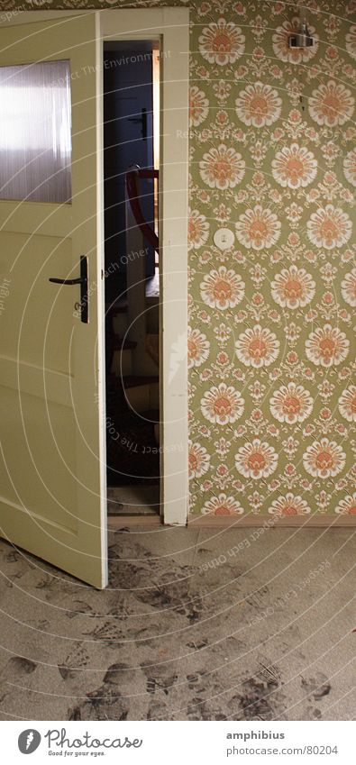 Room Dirty Door Tracks Cleaning Wallpaper Entrance Living room Footprint Door handle Seventies Sixties Attic Old fashioned Small room Grubby
