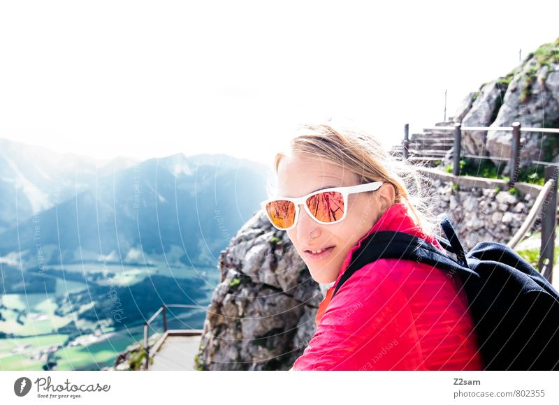 Schee wars! Vacation & Travel Tourism Trip Summer vacation Mountain Hiking Feminine Young woman Youth (Young adults) 18 - 30 years Adults Nature Landscape