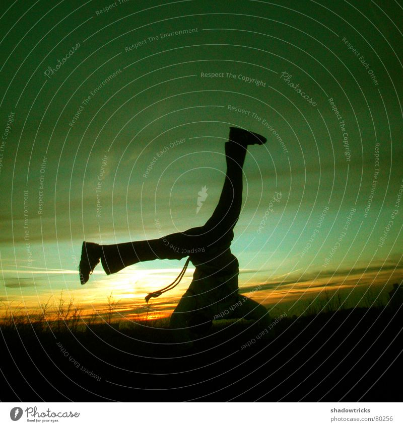 The Capoeira session Photo 1 Brazil Roda Winter Cold Cyan Green Yellow Footstep Tread Light Sunrise Sunset Hill Healthy Back-light Against Radiation Fight 2