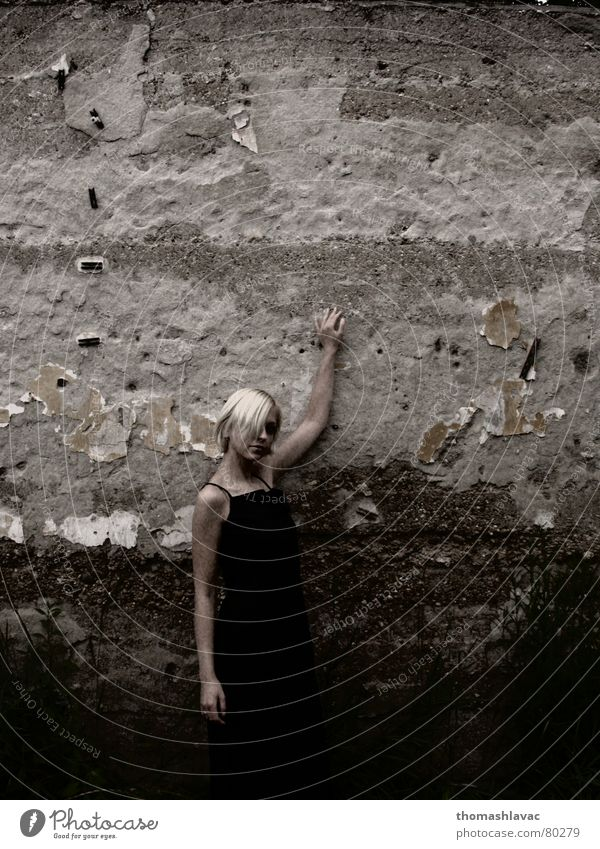 blonde Blonde Posture Woman black Clothing hands Wall (barrier)