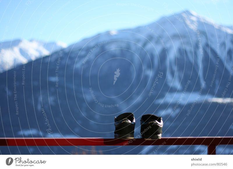 Winter Snow Mountain Footwear Large Level Vantage point Switzerland Handrail Sneakers Looking Alpine pasture Mountain range Slippers Shuffle