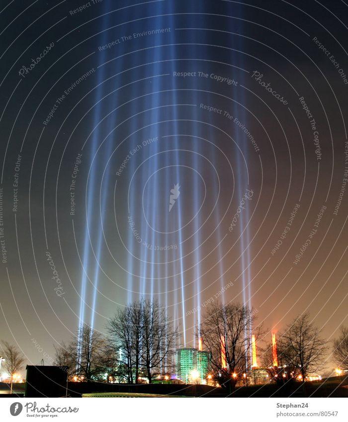 Light show Autostadt Autostadt Museum Shows Laser show Autoturm Night Factory Disco Wolfsburg Industry Sky