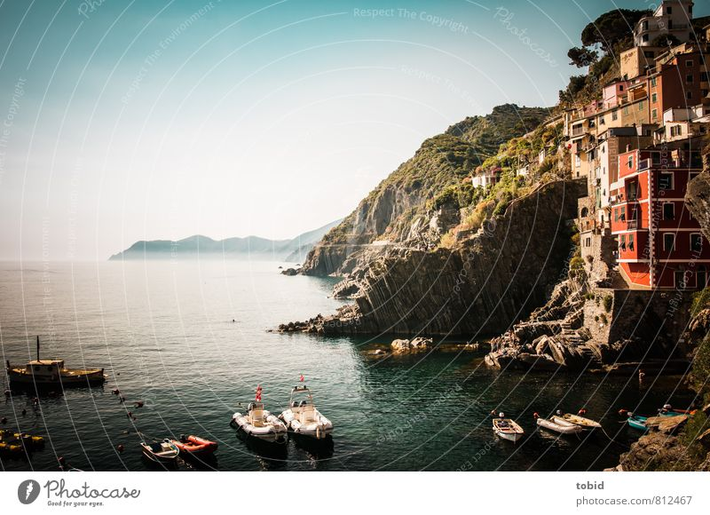 Bella Italia Vacation & Travel Tourism Sightseeing Summer Summer vacation Sun Ocean Cloudless sky Beautiful weather Hill Rock Waves Coast Bay Cinque Terre Italy