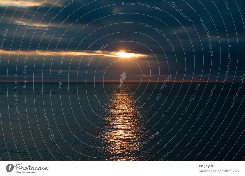 Water Ocean Far-off places Dark Black Sadness Death Freedom Horizon Orange Climate Threat Hope Grief Longing Belief
